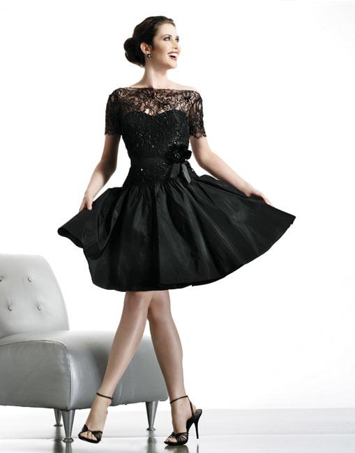 Простое платье коктейльное, фото